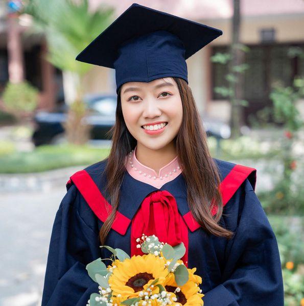 Chúc mừng SV Khoa Môi trường giành được danh hiệu Thủ khoa đầu ra của Trường năm học 2020-2021